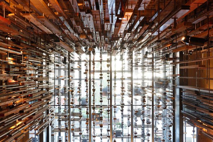 Nishi-Building-Canberra-Liz-Eve-Atrium